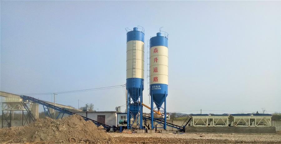 青海海西700稳定层设备安装工地现场