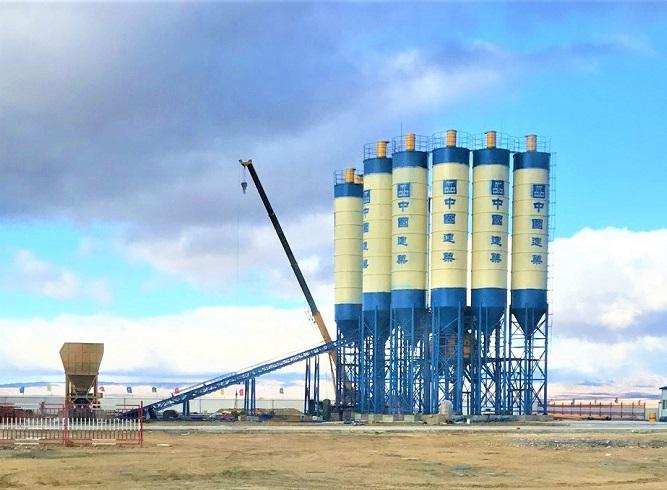 湖北武汉双180混凝土搅拌站设备工地现场